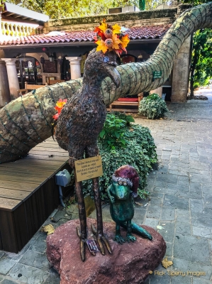 Tlaquepaque, Art Galleries, Shopping and Dining in Sedona